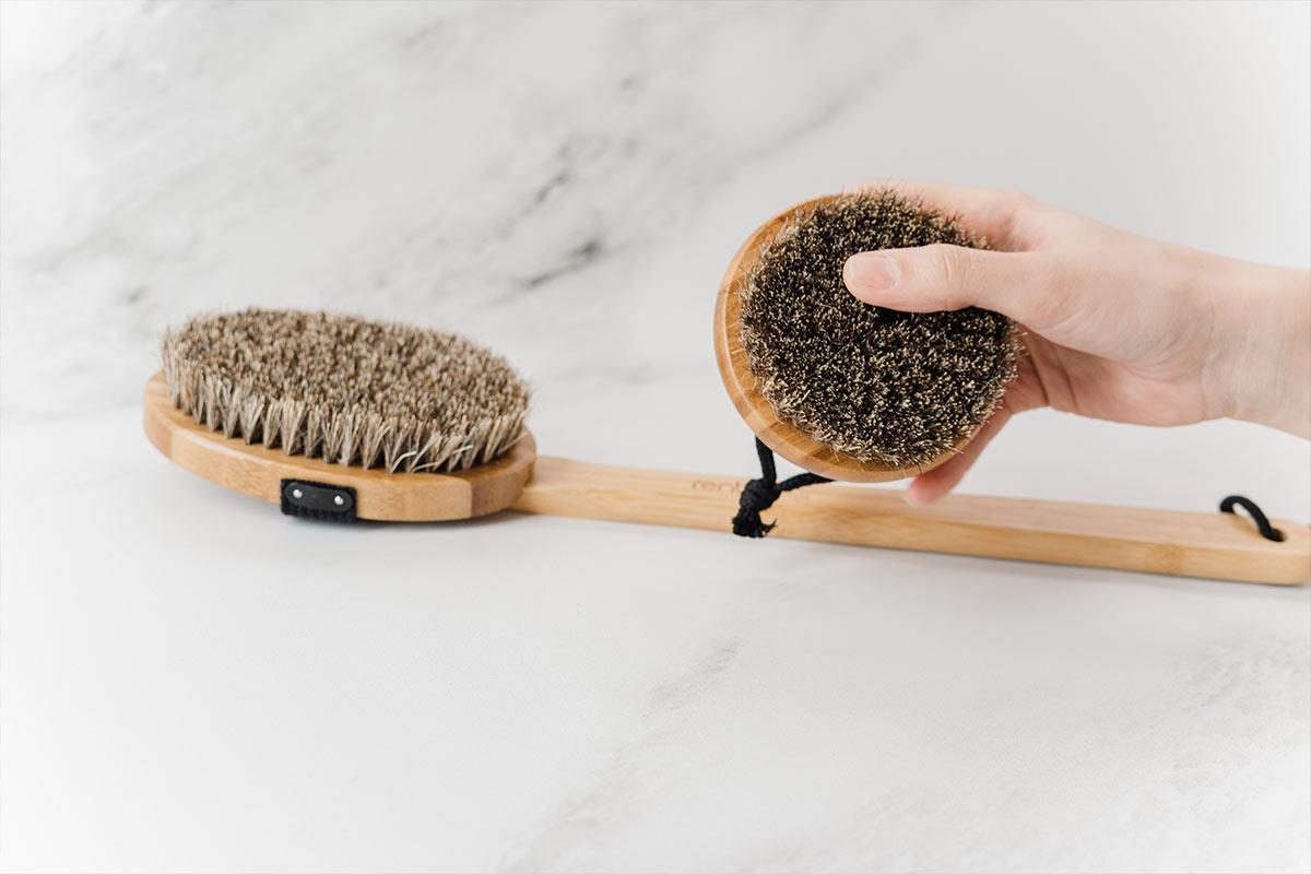 Drewniane szczotki z naturalnym włosiem   Szczotkowanie na sucho